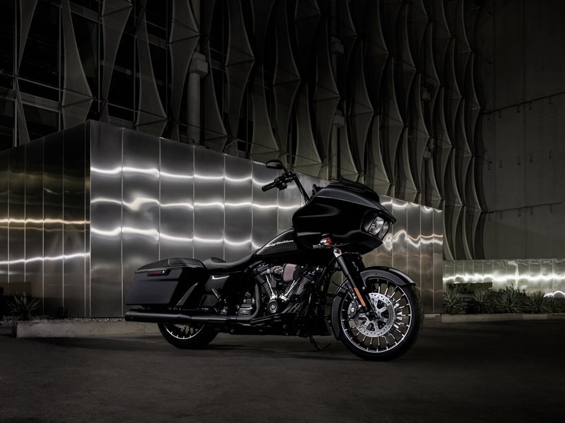 2017 Harley Davidson Road Glide Special Exterior High Resolution - image 720569