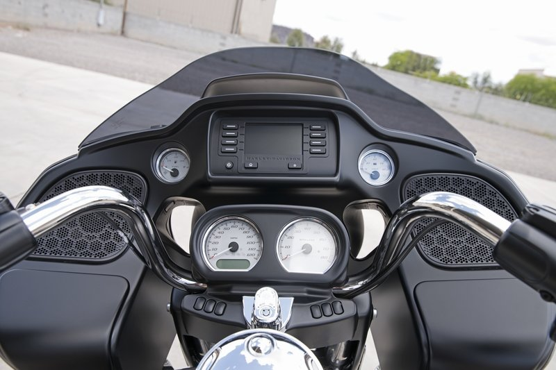 2017 Harley Davidson Road Glide Special Exterior High Resolution - image 720561