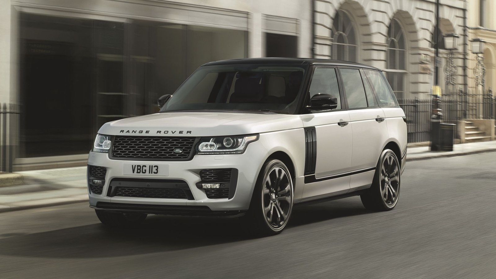 2017 Land Rover Range Rover SVO Design Pack | Top Speed