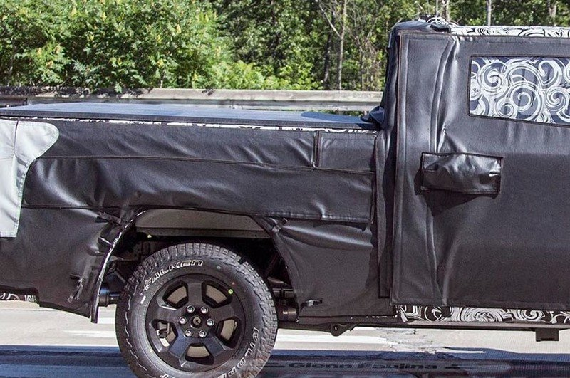 Next-Generation Ram 1500 Gets Mega Cab Option, Spy Photos Show