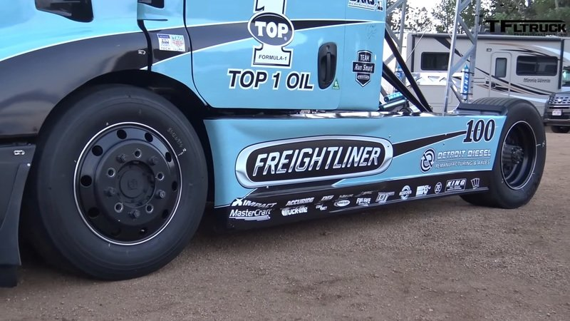 This 2,400-Horse Freightliner is Probably the Strangest Pikes Peak Contender - image 720924