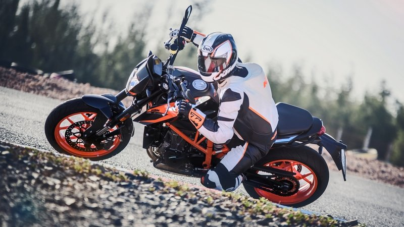 2015 - 2017 KTM 690 DUKE ABS - image 722463