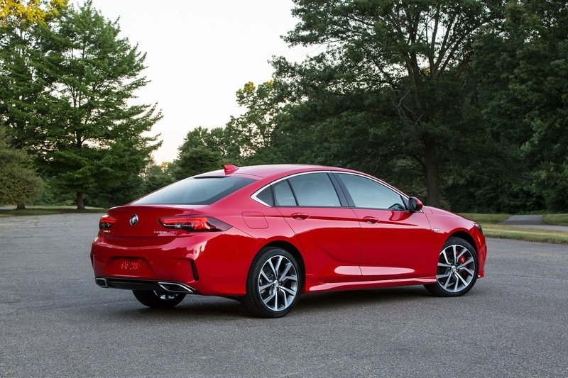 2018 Buick Regal GS High Resolution Exterior - image 724117