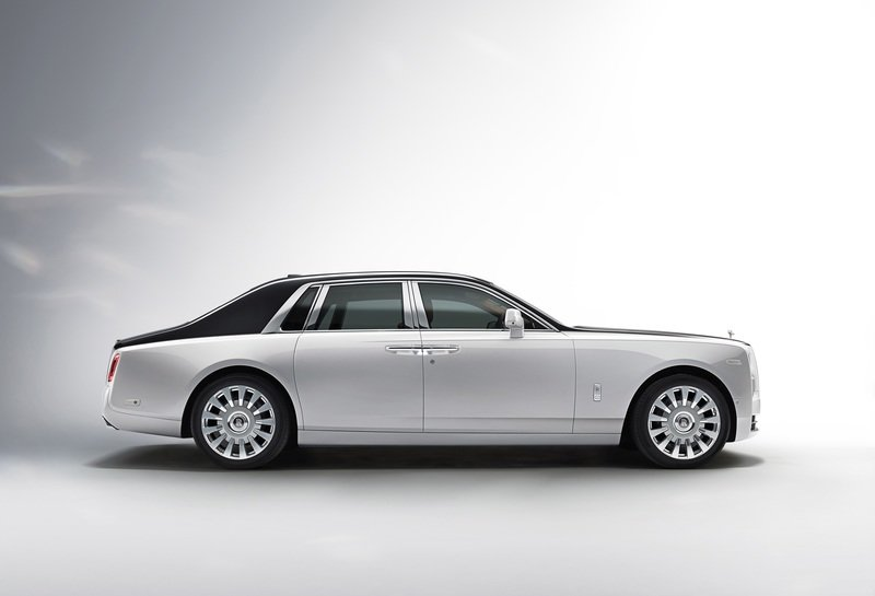 2018 Rolls-Royce Phantom VIII High Resolution Exterior - image 725012