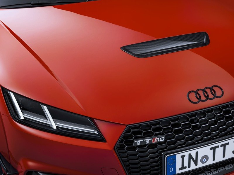 Audi Launches Sport Performance Parts Upgrades For R8 And TT