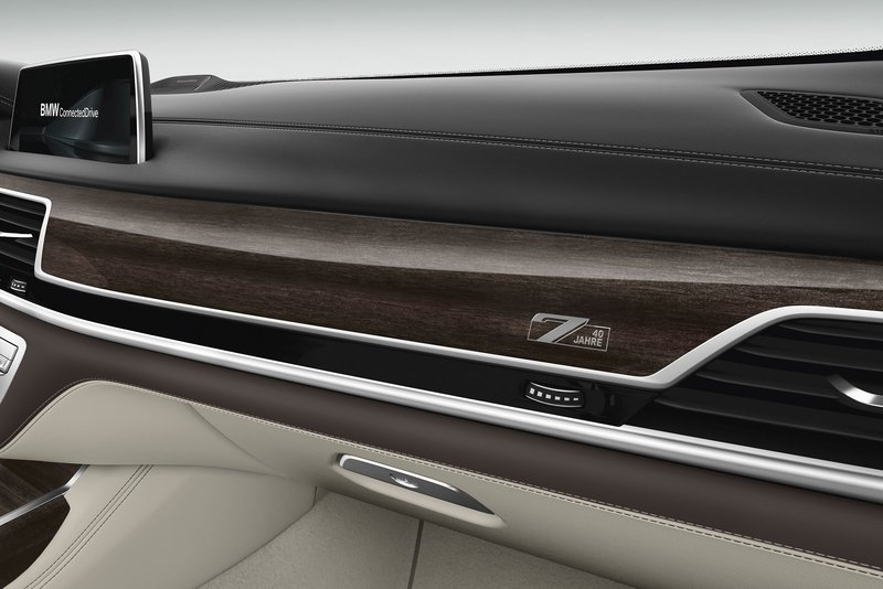 2017 BMW 7 Series Edition 40 Jahre Interior High Resolution - image 724732