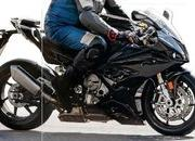 BMW is busy testing the 2018 S1000RR and it seems that the Germans are thorough this time. - image 724734
