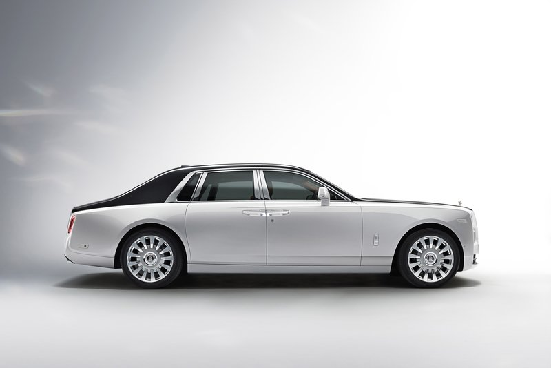 Rolls-Royce Reveals Next-Gen Phantom VIII High Resolution Exterior - image 725029