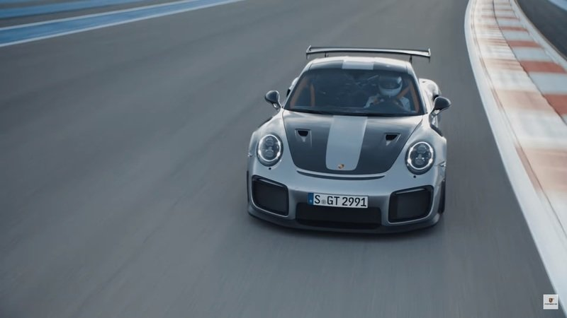 Porsche Wants Us To Believe That Walter Rohl And Mark Webber Were Left Speechless After Driving The Porsche 911 GT2 RS: Video