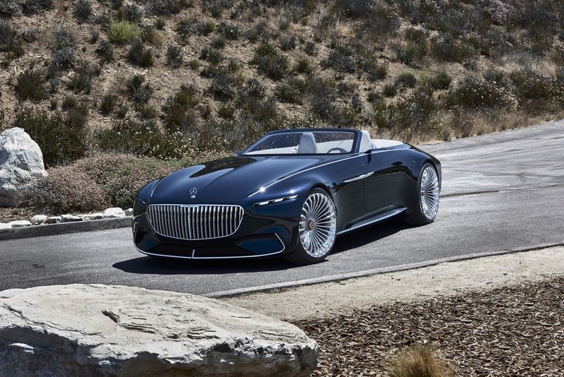 The 2018 Vision Maybach Ultimate Luxury Concept Could Lend DNA to One of Mercedes' Latest SUVs