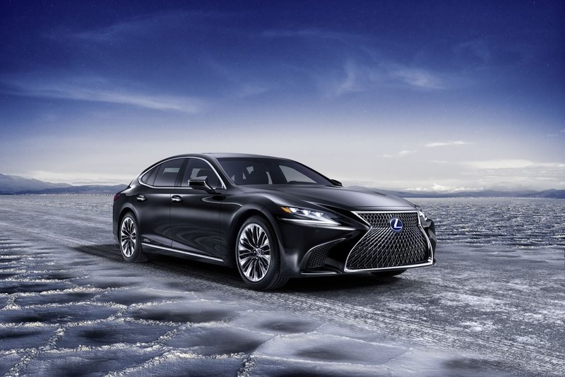 2018 Lexus LS 500h Exterior High Resolution - image 725871