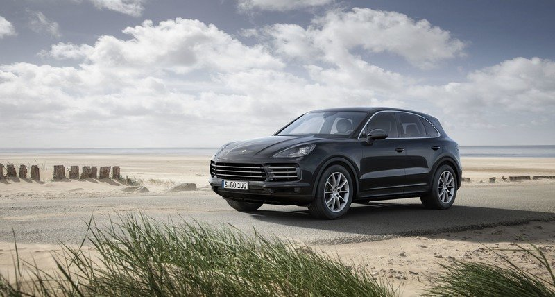 Wallpaper of the Day: 2018 Porsche Cayenne