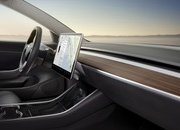 "Tesla Updates Autopilot with ""Mad Max"" Mode for Assertive Overtaking - image 725389"