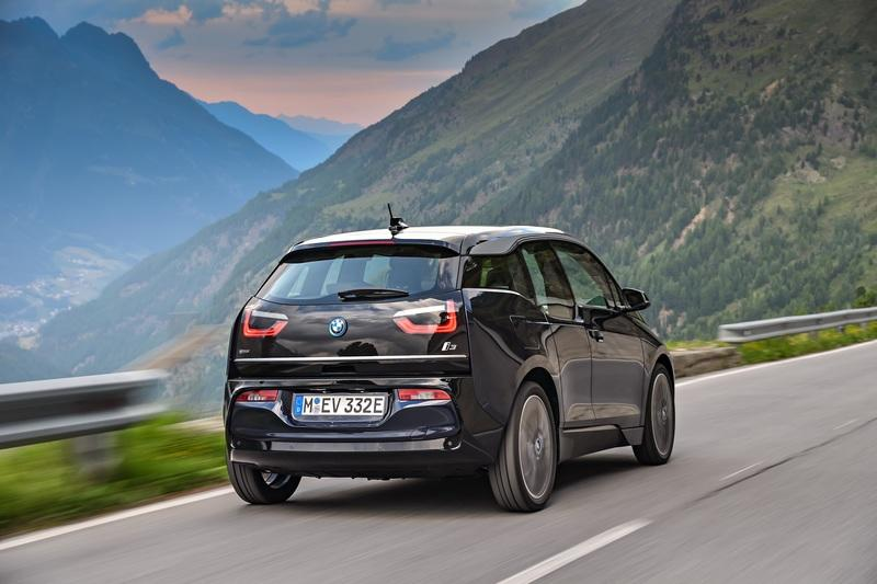 bmw i3 reviews specs prices photos and videos top speed. Black Bedroom Furniture Sets. Home Design Ideas