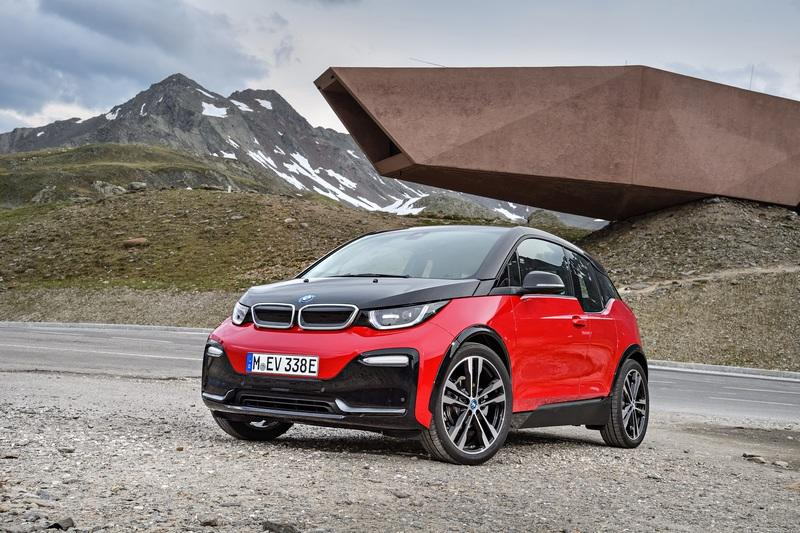 The BMW i3 Will Die a Slow Painful Death Because It's The Black Sheep of the Family High Resolution Exterior - image 728650