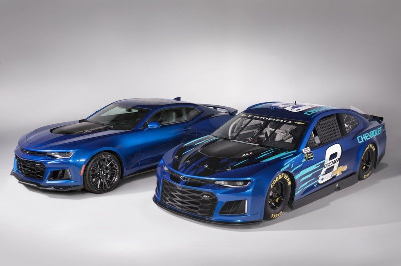 Goodbye Chevy SS, Hello Camaro ZL1 – Chevy's New NASCAR Cup Race Car Announced! Exterior High Resolution - image 726074