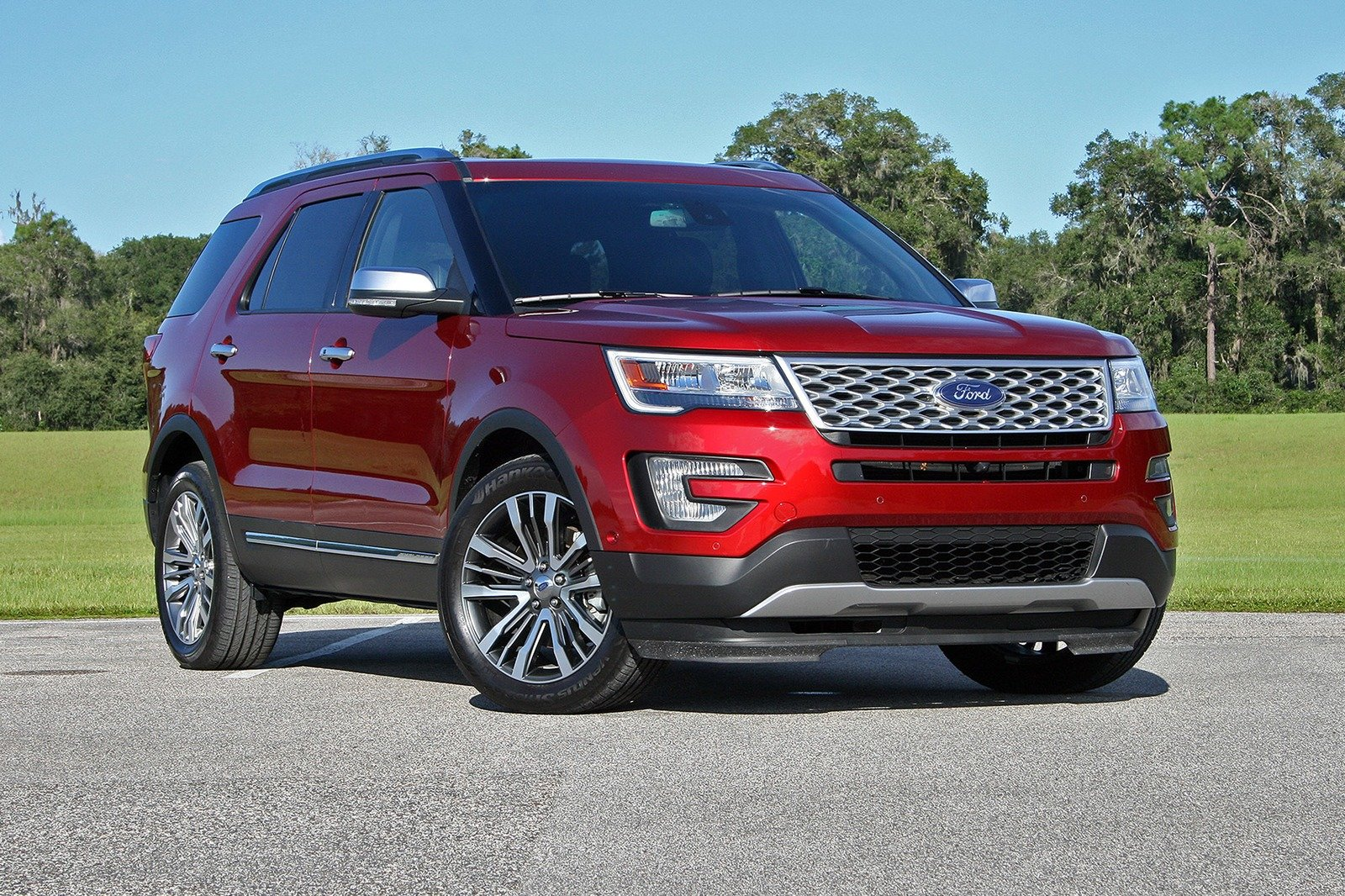 2019 Ford Escape >> Ford Tries To Be A Big Player, Schedules Standalone Event