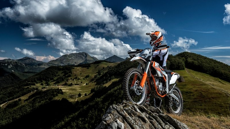 KTM Debuts Electric Motorcycle For US Market