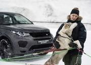 "Land Rover Puts the Discovery Sport Against a Dog Sled in New ""Horsepower vs Dog Power"" Promo Ad - image 728735"
