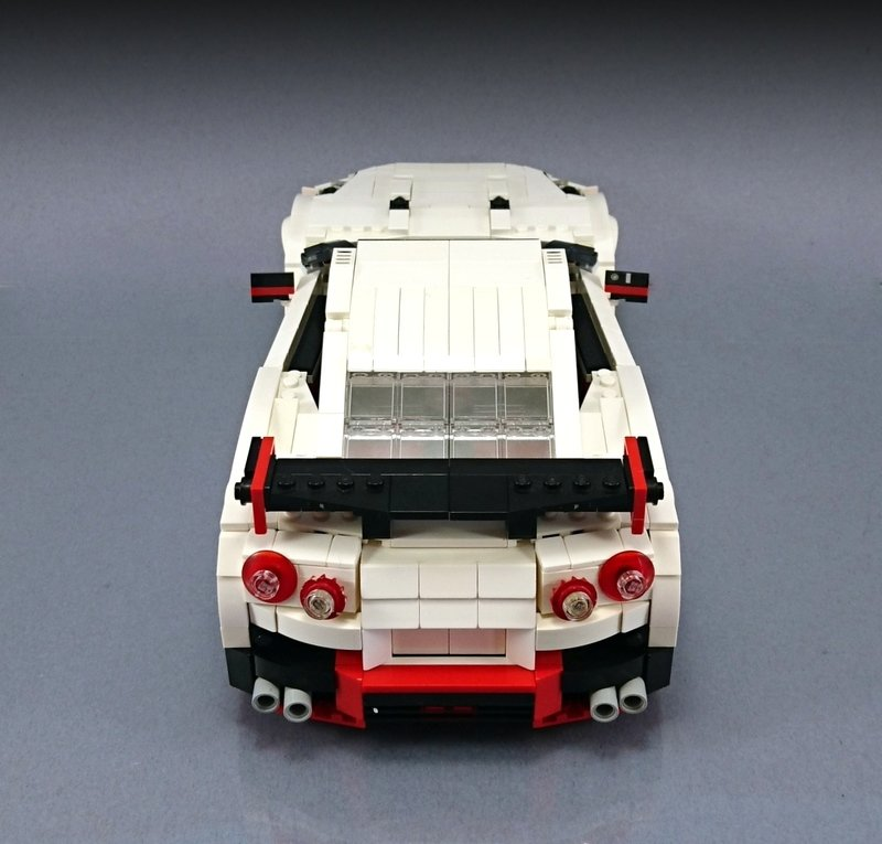 Lego Artist Knows His Way Around Lego Bricks Enough To Build A Nissan GT-R