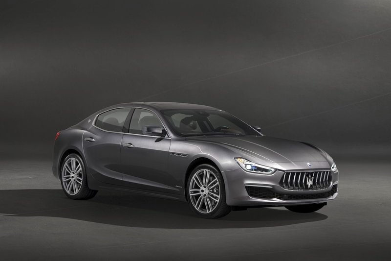 2018 Maserati Ghibli GranLusso High Resolution Exterior - image 728297