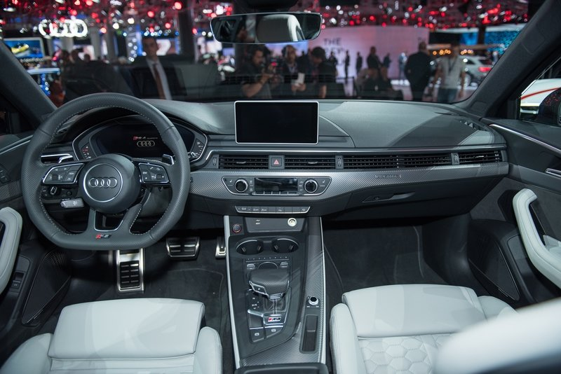2018 Audi RS4 Avant AutoShow High Resolution Interior - image 731718