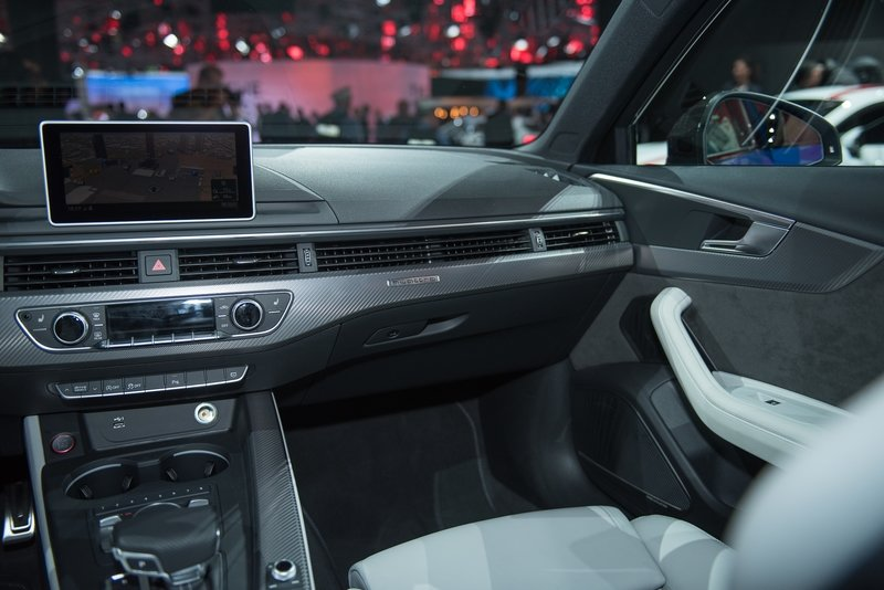 2018 Audi RS4 Avant AutoShow High Resolution Interior - image 731721