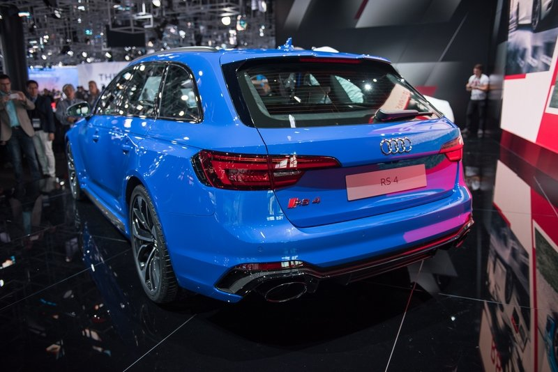 2018 Audi RS4 Avant AutoShow High Resolution Exterior - image 731723