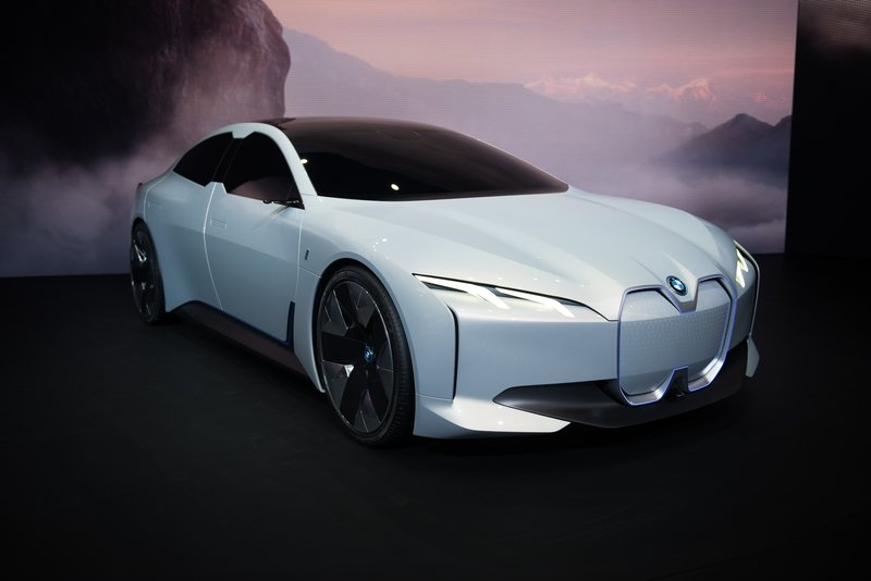 Make Way for the i4 - the Fifth Electric Vehicle in BMW's Stable