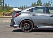 As the Ford Focus RS Fades to Black, Honda Jacks Up the Price on the Civic Type R - image 729291