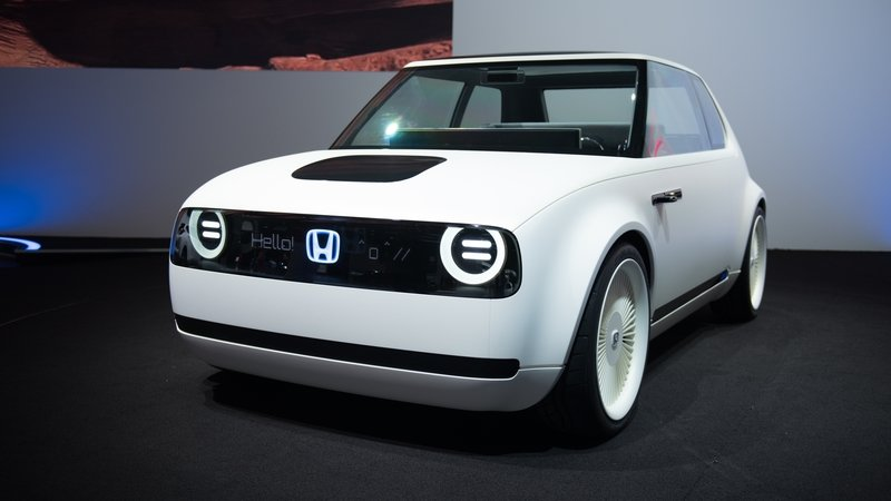 Honda Will Make the Nissan Leaf and VW E-Golf Obsolete When the Urban EV Goes on Sale in 2019