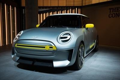 2017 MINI Electric Concept - image 732151