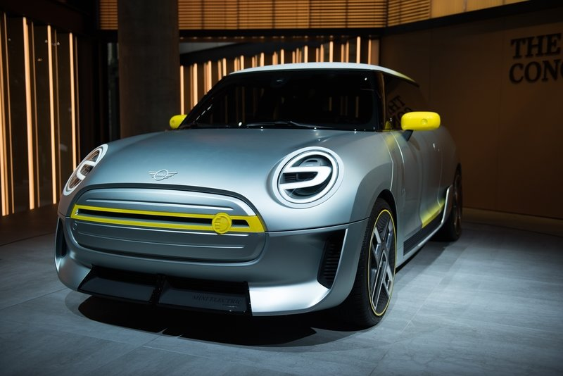 2017 MINI Electric Concept AutoShow High Resolution Exterior - image 732151