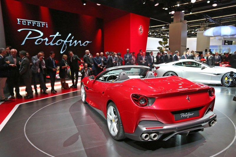 The Ferrari Portofino Drops its Top and Steals the Show in Frankfurt