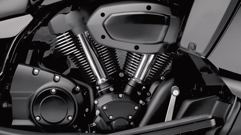 2018 Yamaha Star Eluder—How Does It Stack Up To The Competition?