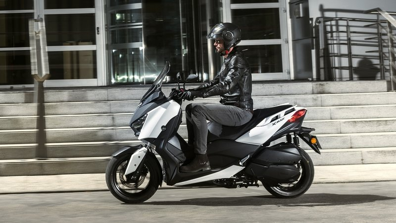 yamaha x max news and reviews top speed. Black Bedroom Furniture Sets. Home Design Ideas
