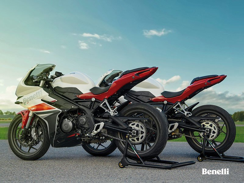 Benelli's new Tornado 302R makes appearance. Exterior - image 732796