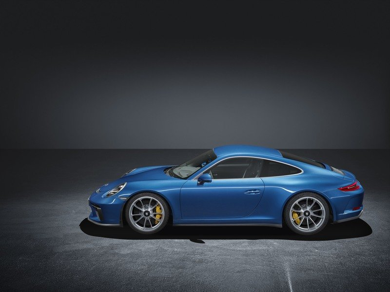 Porsche Introduced the 911 GT3 Touring Package In Response To 911 R Resale Prices High Resolution Exterior - image 730543