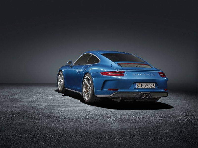 Porsche Introduced the 911 GT3 Touring Package In Response To 911 R Resale Prices High Resolution Exterior - image 730544
