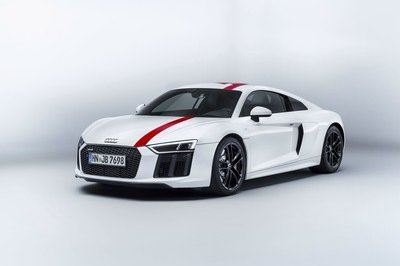 Audi Makes a Move to Please Purists with the Audi R8 V-10 RWS: RWD Performance at its Finest - image 730586