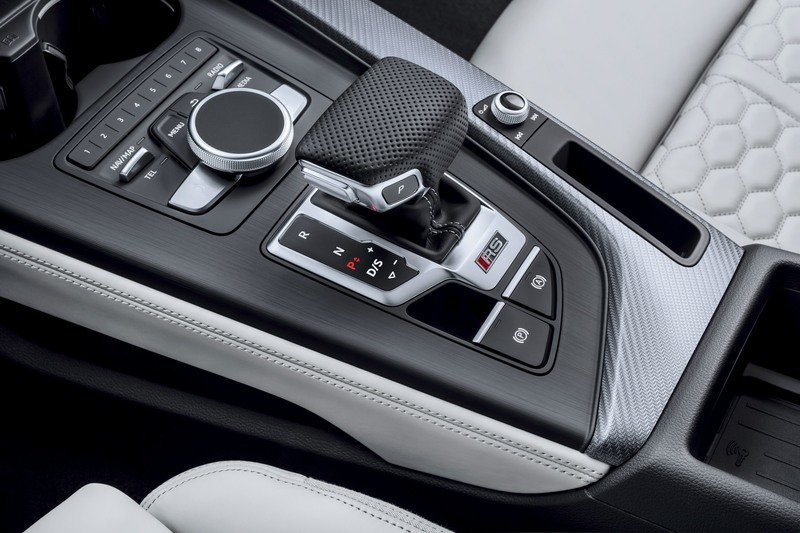 2018 Audi RS4 Avant High Resolution Interior - image 730942