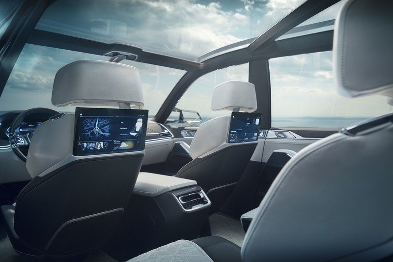 2017 BMW Concept X7 iPerformance High Resolution Interior - image 730146