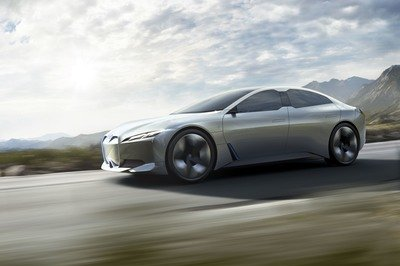 BMW i Vision Dynamics Previews Tesla Model S Fighter - image 730732