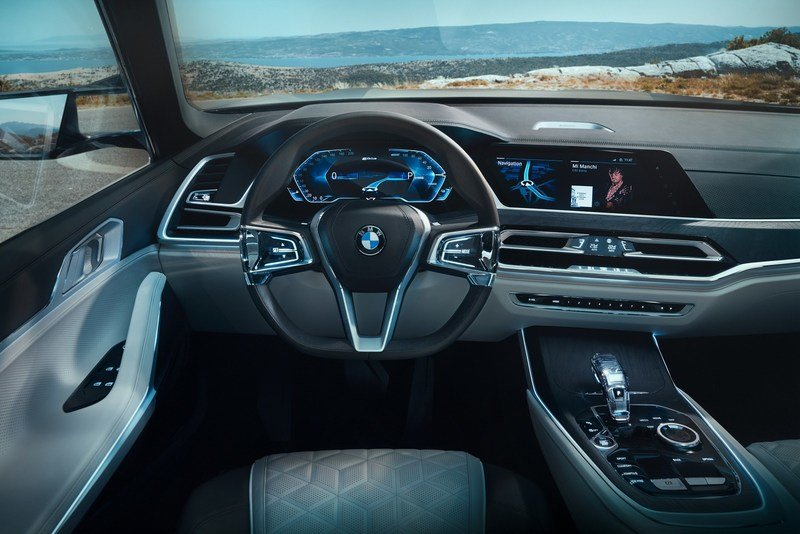 BMW Lives Up To Its Word, Brings Aggressive X7 Concept To Frankfurt High Resolution Interior - image 729925