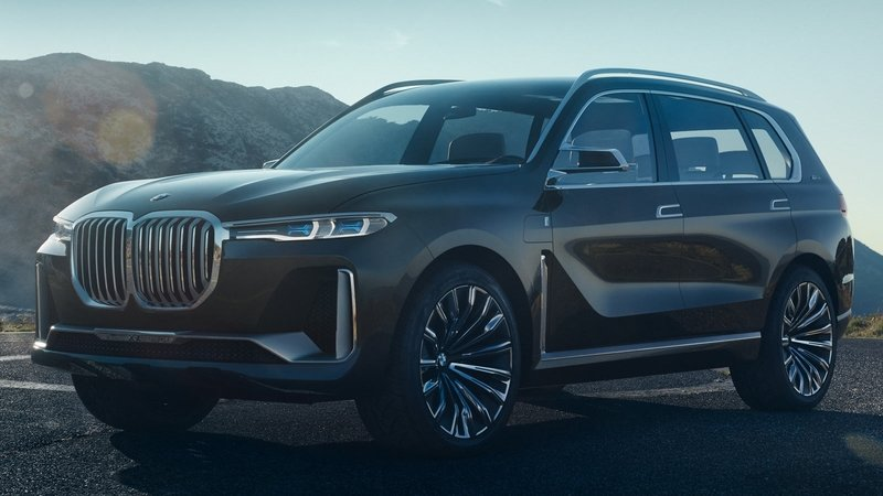 BMW Lives Up To Its Word, Brings Aggressive X7 Concept To Frankfurt