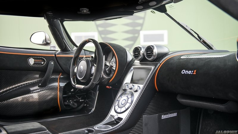 Carbon Fiber Interior Trim – Performance Statement, Or Fake And Uncool?
