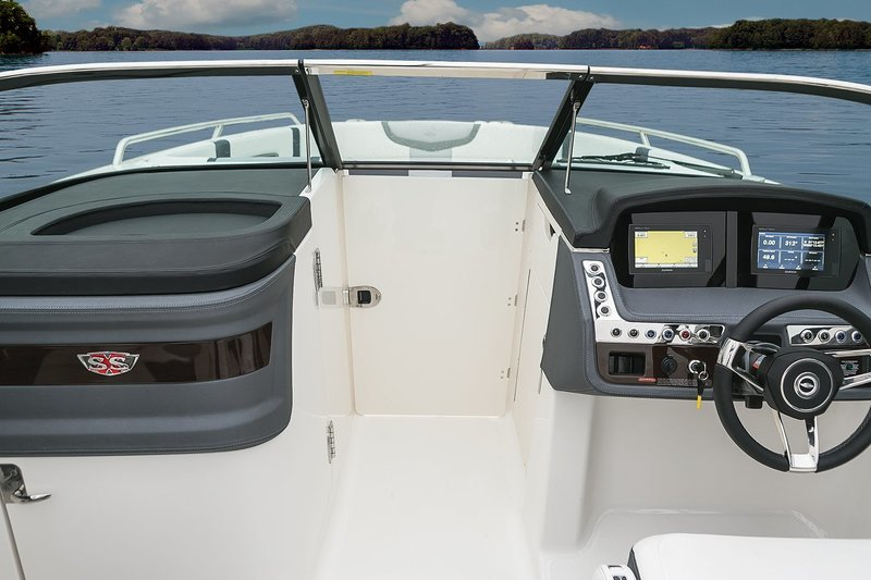 2017 Chaparral 287 SSX Interior - image 730358