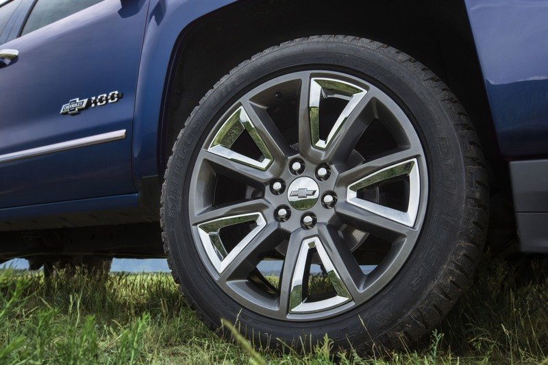 2018 Chevrolet Silverado & Colorado Centennial Editions