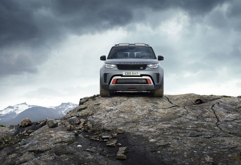Wallpaper of the Day: 2018 Land Rover Discovery SVX