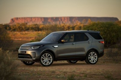 2017 Land Rover Discovery - image 732912